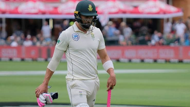 South Africa's Faf du Plessis announces retirement from Test cricket