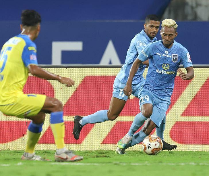 Hero India Super League: Mumbai City down Kerala Blasters