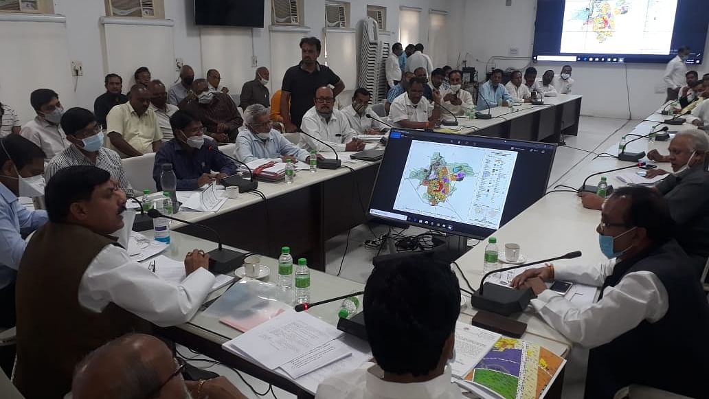File Photo/ A meeting to entertain the objections with regard to Master Plan-2035 in progress under the chairmanship of higher education minister Mohan Yadav