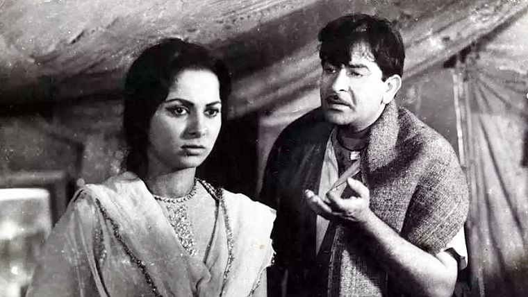 CinemaScope: The chapter on Teesri Kasam and Shailendra in school Hindi textbook