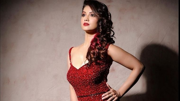 'Naagin' actor Adaa Khan gets candid about her personal life, and her love for solo travel