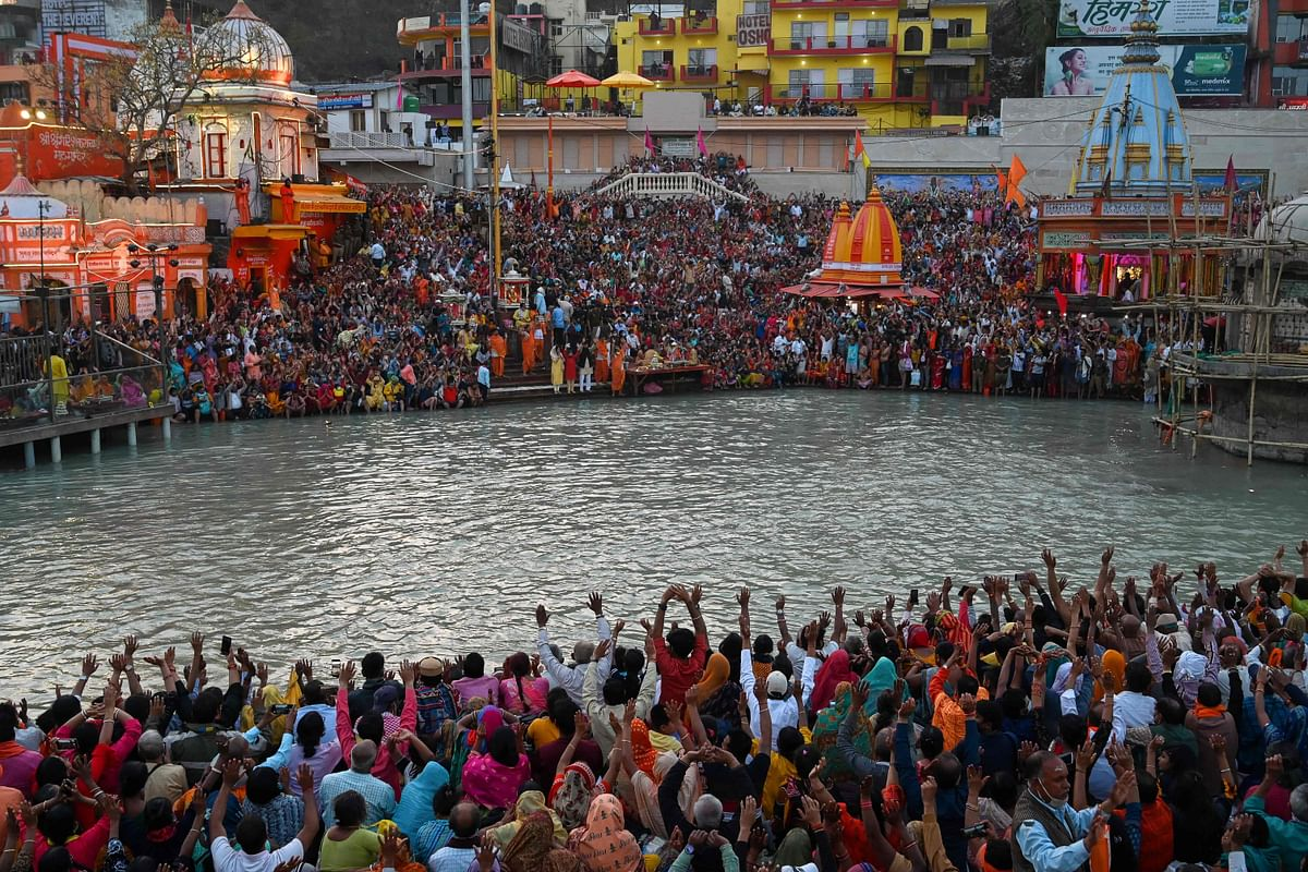 Negative COVID-19 test report not necessary to participate in 'shahi snans' during Kumbh Mela: Uttarakhand CM Tirath Singh Rawat