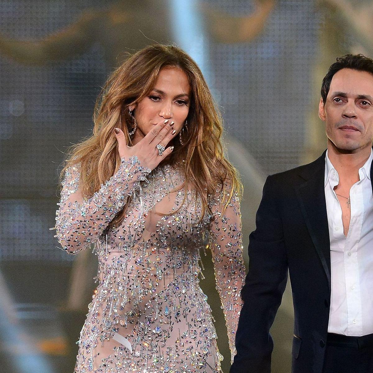 Jennifer Lopez facetimes ex-husband Marc Anthony amid split from fiance Alex Rodriguez