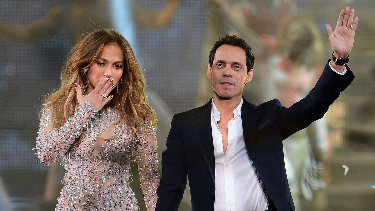 Jennifer Lopez facetimes ex-husband Marc Anthony amid split from fiance Alex Rodriguez