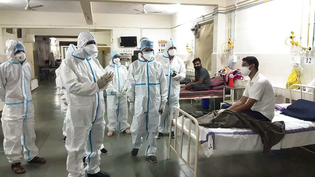 Madhya Pradesh: As corona cases keep piling up in Bhopal, situation worsens as crisis of ICU beds continues