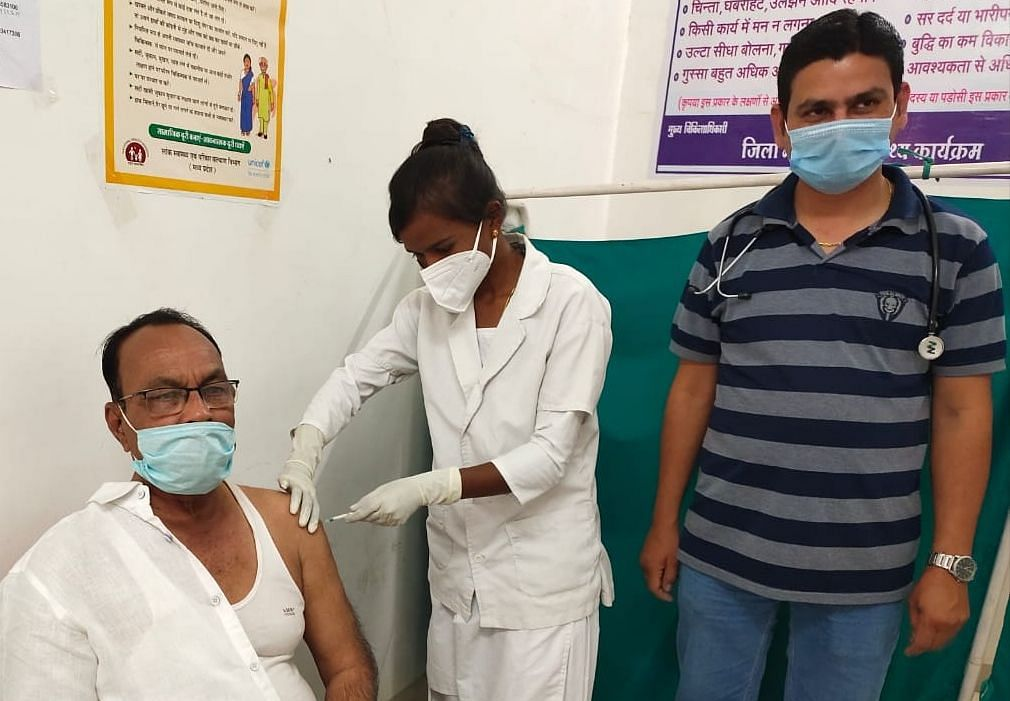 Madhya Pradesh: On first day, 98 get vaccinated in Alirajpur district