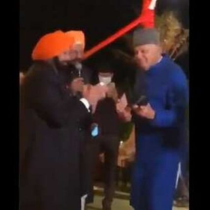 'Age is just a number': Twitter after video of Farooq Abdullah dancing with Captain Amarinder Singh at wedding goes viral