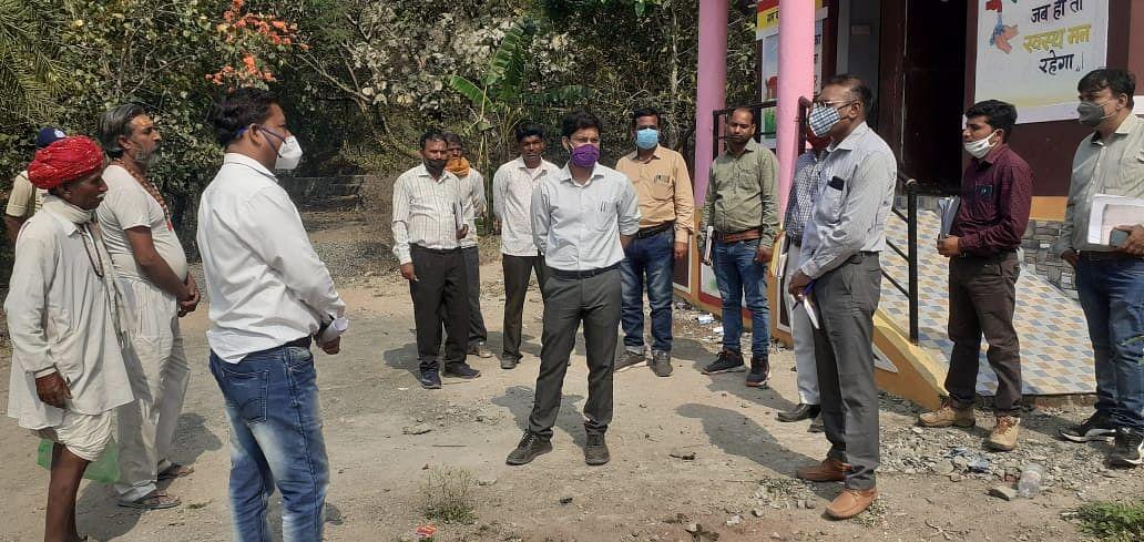 Madhya Pradesh: Sardarpur's new district panchayat CEO takes stocks of MGNREGA construction works