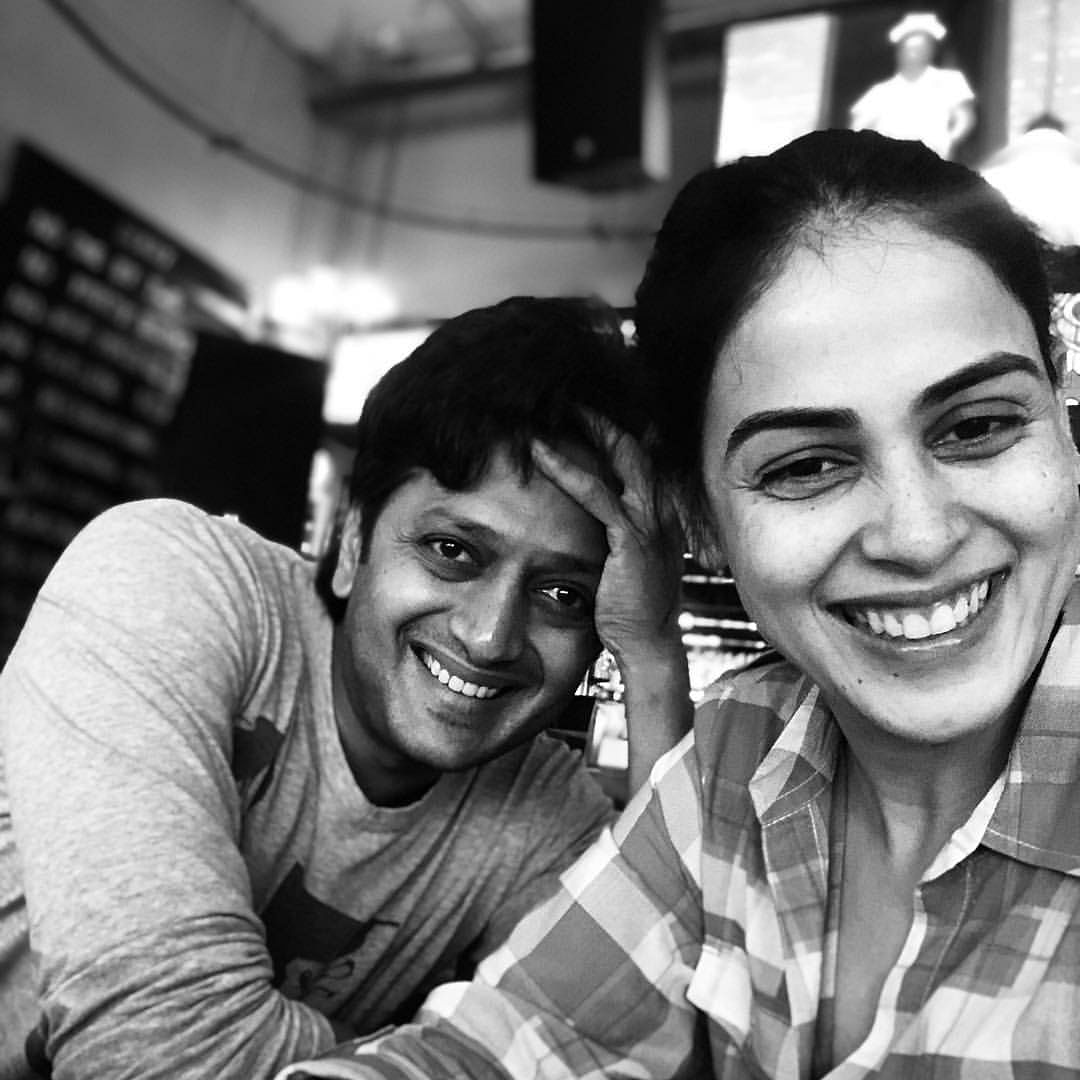 Watch: Genelia reacts to husband Riteish kissing Preity Zinta's hands at an event in viral video