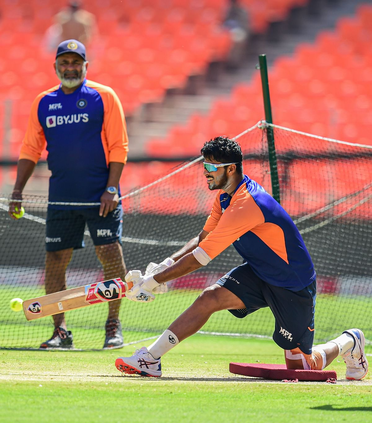 With Lord's insight; Virat Kohli and his boys are ready to cook England's goose, while the visitors look to spoil the party