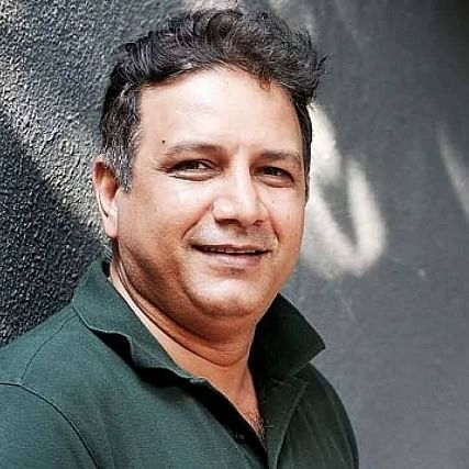 'Thappad' actor Kumud Mishra hospitalized after difficulty in breathing due to COVID-19