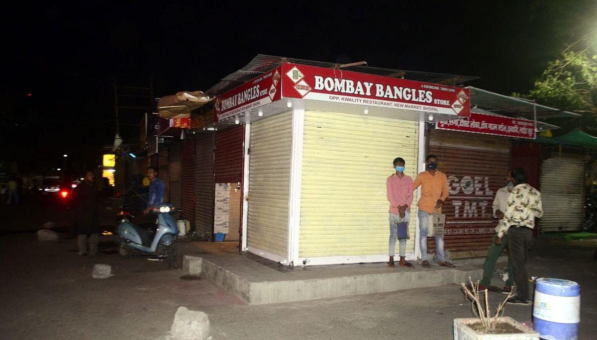 Shops were shut at 10 pm in Bhopal.