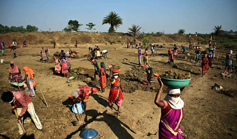 Chhattisgarh ranks first in nation in terms of providing job under MGNREGA