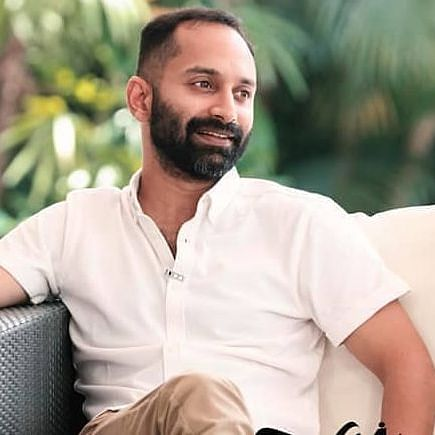 Malayalam actor Fahadh Faasil falls from the roof of a building while shooting 'Malayankunju'