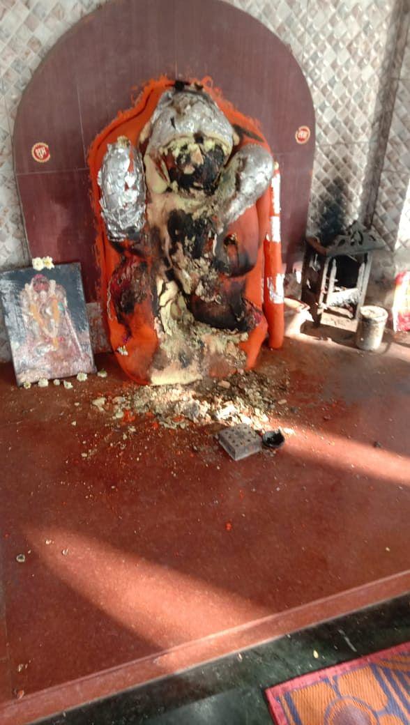 Full view idol of Lord Hanuman