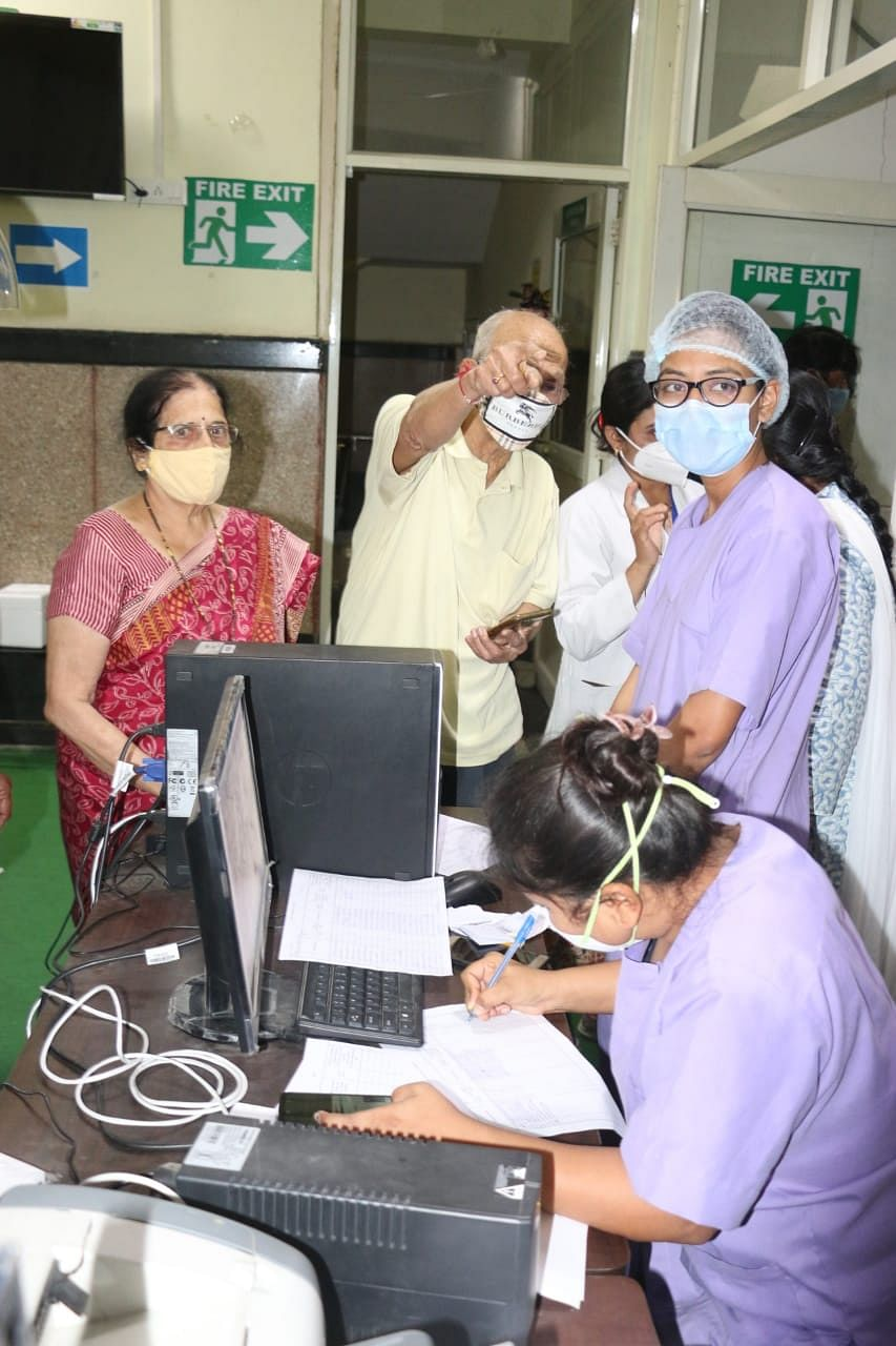 An elderly couple at PC Hospital vaccination centre