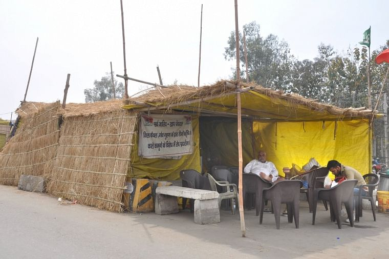 Farmers' protest: Strong dwellings built near Delhi border to take on summer