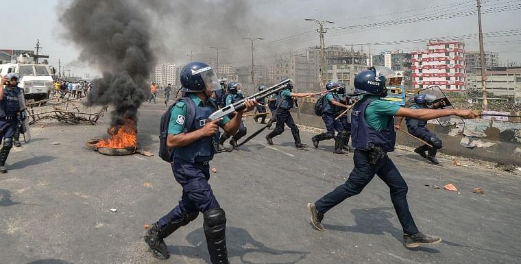 Bangladesh: Dozen people injured in violent protests carried against PM Narendra Modi's visit