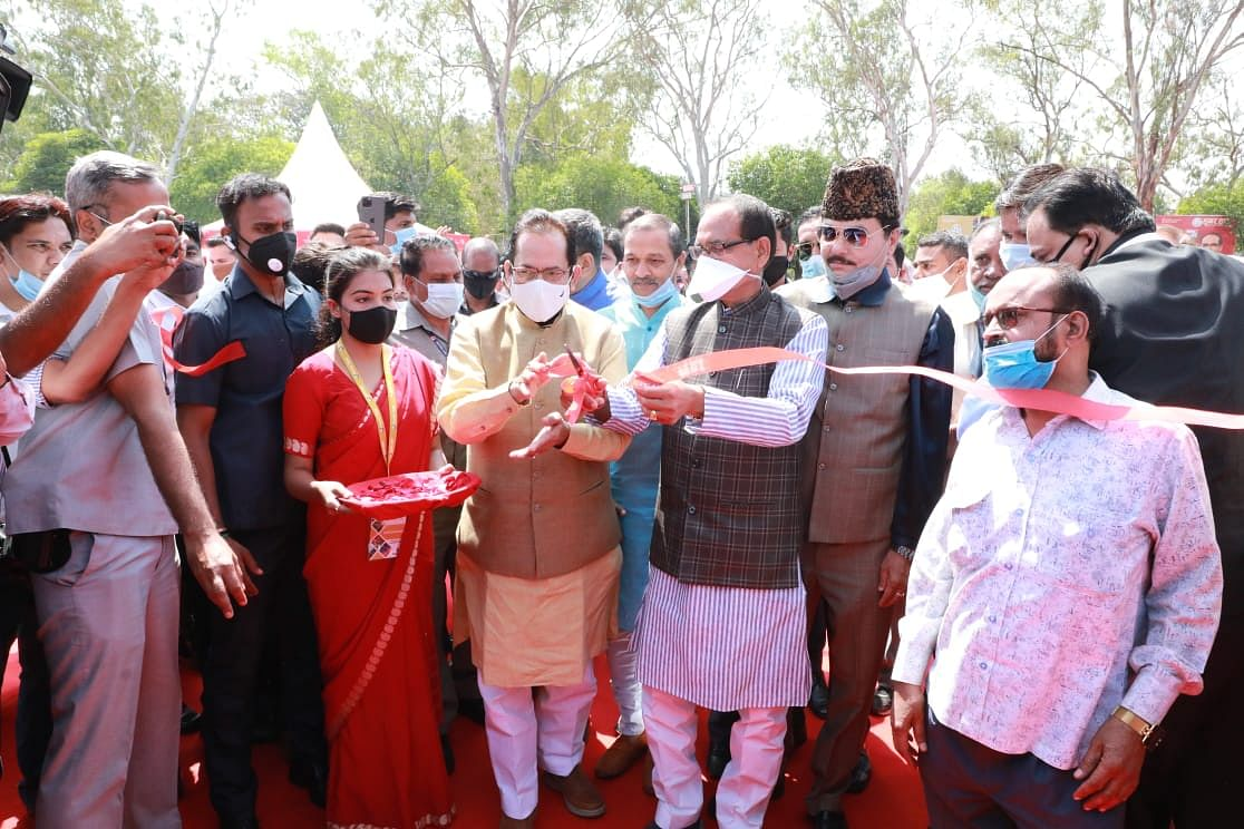 Chief minister Shivraj Singh Chouhan, Union Minister for Minority Affairs Mukhtar Abbas Naqvi inaugurated Hunar Haat in Bhopal on Saturday