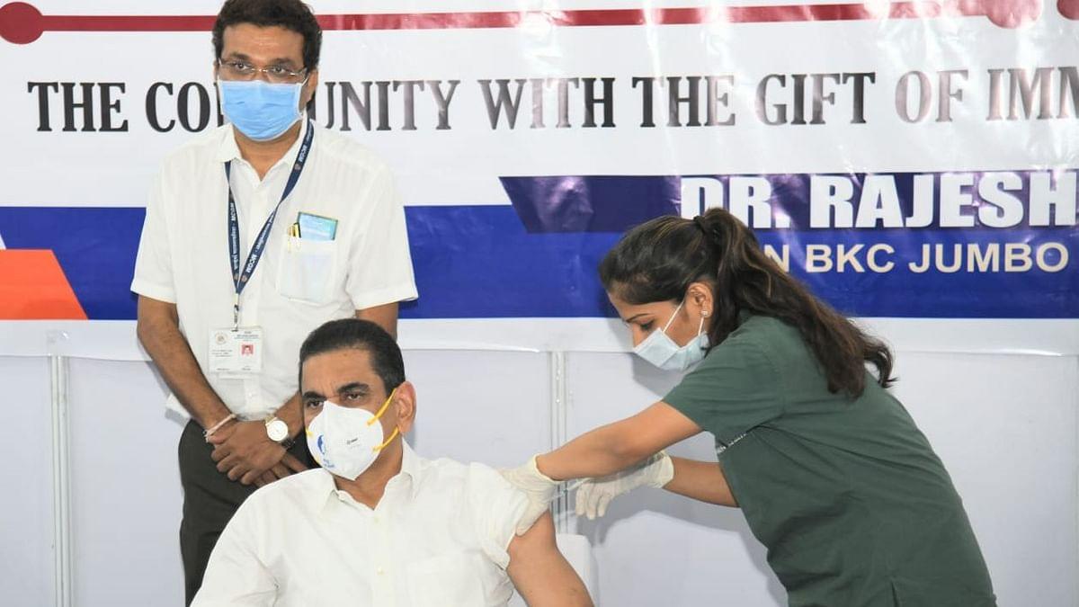 Mumbai: BMC Commissioner Iqbal Singh Chahal takes jab of COVID-19 vaccine