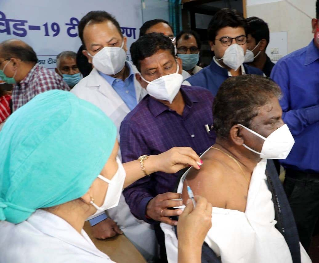 Bhopal: Minister, retired bureaucrats  get Covid vax