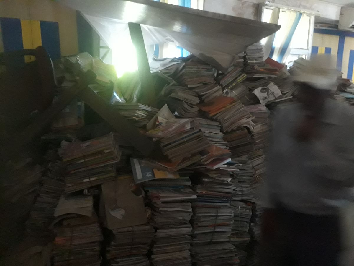 About 1 lakh used books collected by BMC to help poor students have turned into scrap in Bhopal.