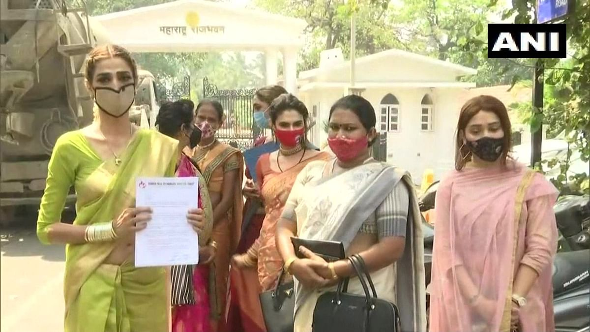 Mumbai: Transgender delegation meets Governor BS Koshyari, seeks fulfilment of their fundamental rights