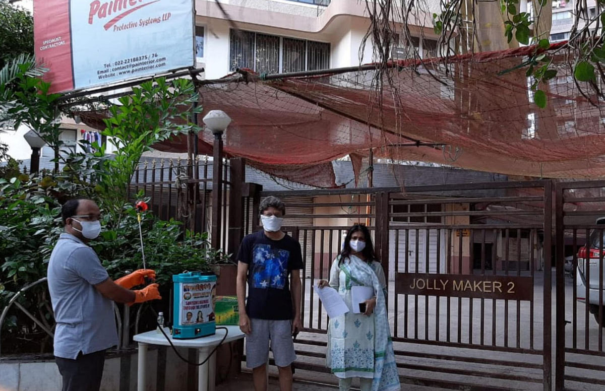 Women's Day 2021: Covid Sheroes of Mumbai - Corporator Harshita Narvekar had provided rations to migrants and daily wagers