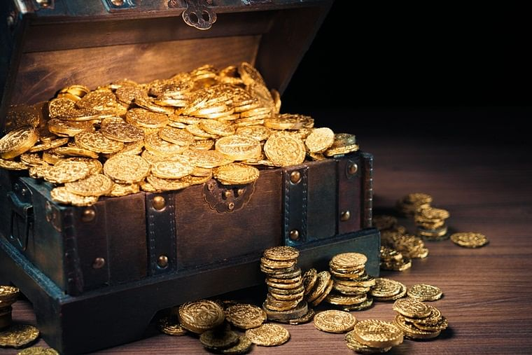 Pune: Cops seize Mughal-era gold coins found during excavation at construction site in Chikhali