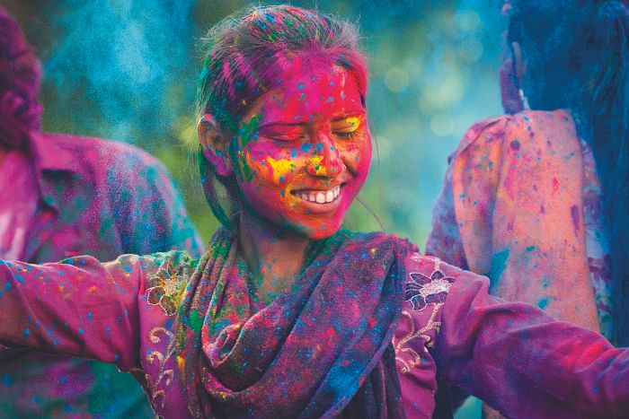 Holi 2021: Make your Holi celebrations safe and healthy with these do's and don'ts