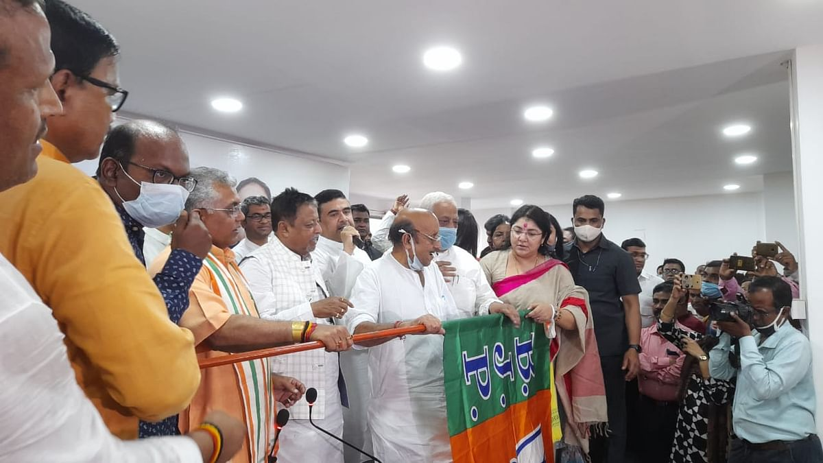 TMC exodus continues: 5 sitting MLAs, 14 Malda Zilla Parishad members join BJP ahead of West Bengal Assembly polls