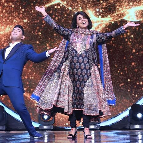 'I will not get sad': Neetu Kapoor remembers Rishi Kapoor, dances to 'Khullam Khulla Pyar Karenge' - watch video