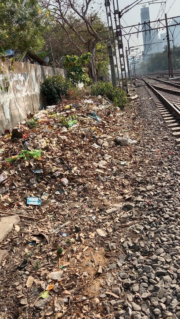 Western Railway's night muck special trains turn Mumbai suburban tracks spick & span