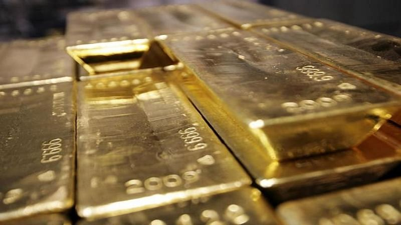 Mumbai: 6.5 kg gold biscuits found hidden in airport bathroom