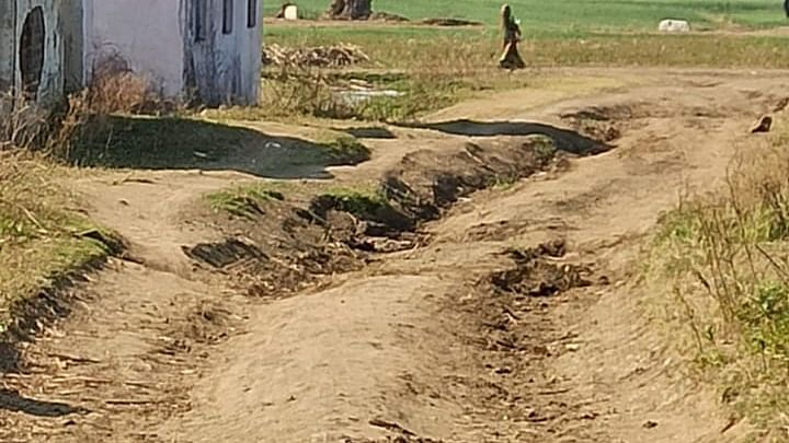 Madhya Pradesh: Tall promises fall short in remote areas of Dhar after government fails to give good healthcare facility, road connectivity