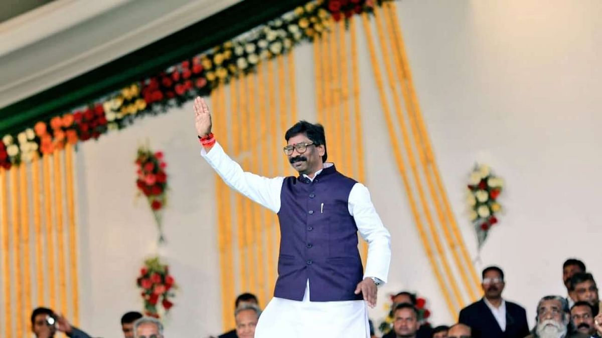 'BJP is like ghar ka nalayak beta':  Jharkhand CM Hemant Soren hits out at saffron party during campaign for TMC ahead of West Bengal polls