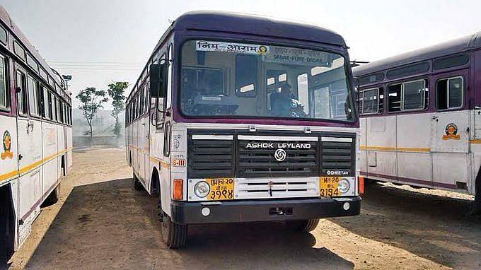 Day after Kannada activists attack Shiv Sena worker's car in Belgavi, bus services between Maharashtra and Karnataka suspended