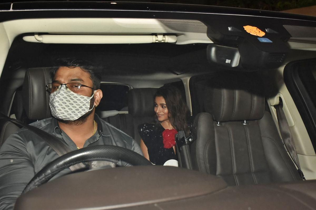 Aryan Khan, Deepika, Malaika, and others attend Alia Bhatt's birthday bash while Ranbir Kapoor battles COVID-19