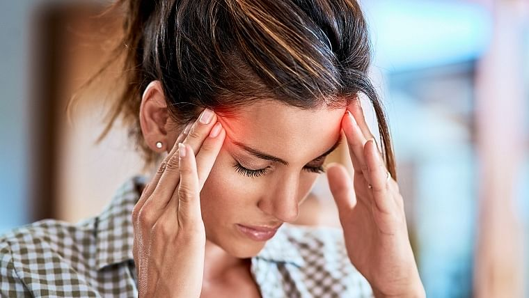 Here are some natural remedies for treating headaches and migraine