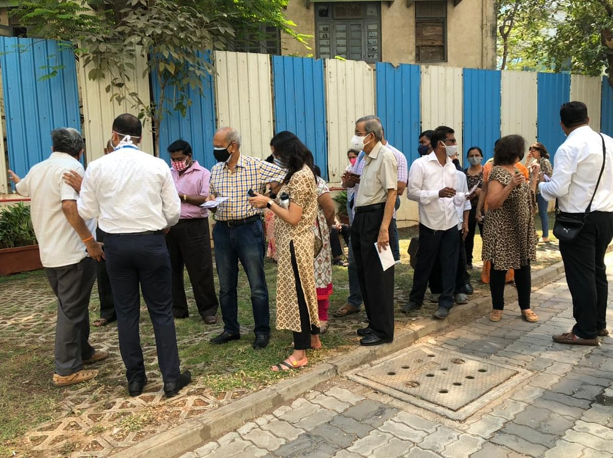 COVID-19 vaccination in Mumbai: Technical glitch leads to poor start of phase 3, vaccine drive sees encouraging response from senior citizens