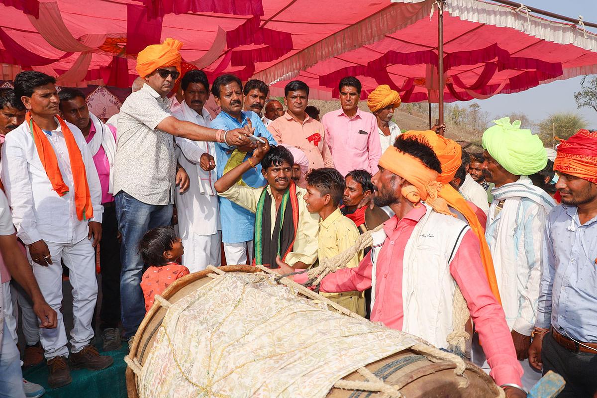 Madhya Pradesh: Bhagoriya festival celebrated with fervor in Semlipura of Tirla