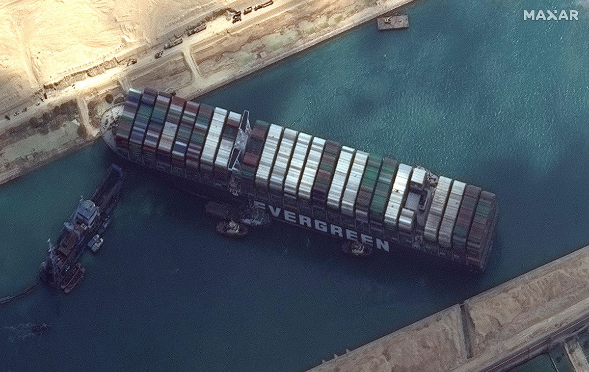 Centre chalks out 4-point plan to tackle Suez Canal blockage