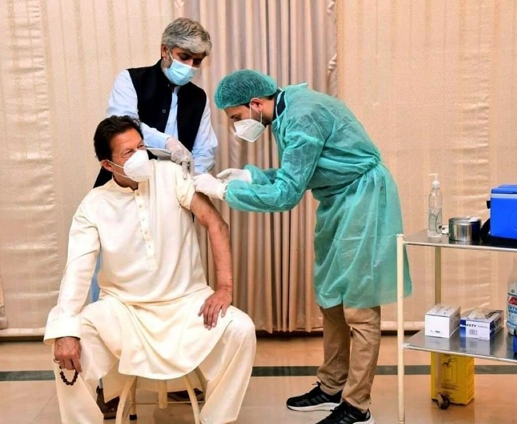 Two days after taking Chinese vaccine, Pakistan PM Imran Khan tests positive for COVID-19