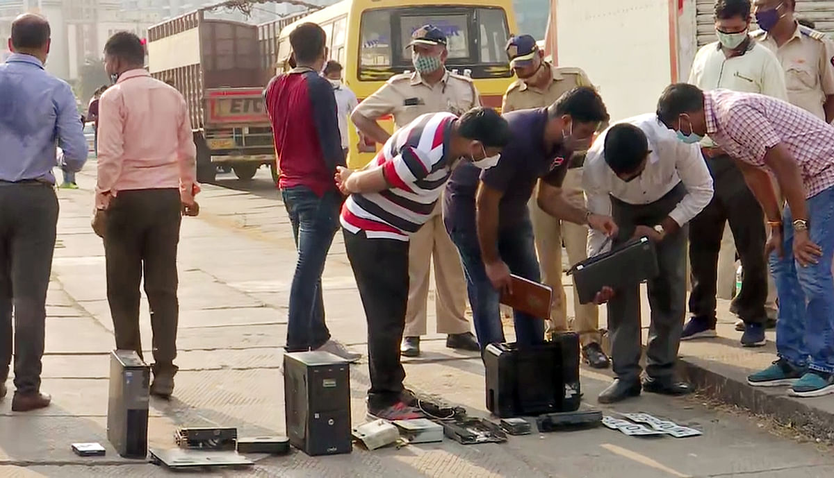 Antilia bomb scare case: Printer, laptop found in Mumbai's Mithi river may have been used for threat letter, suspects NIA