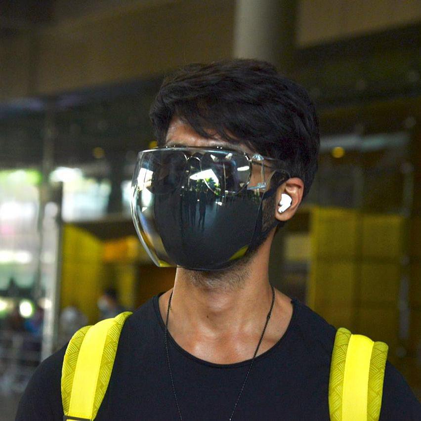 Netizens laud 'sensible' Shahid Kapoor for going all out with protective gear as COVID-19 cases surge