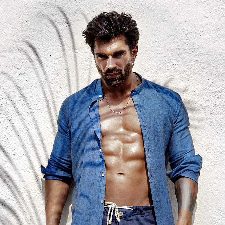 Karan Singh Grover talks about being a fitness freak, and reprising his role as Asad in Qubool Hai 2.0
