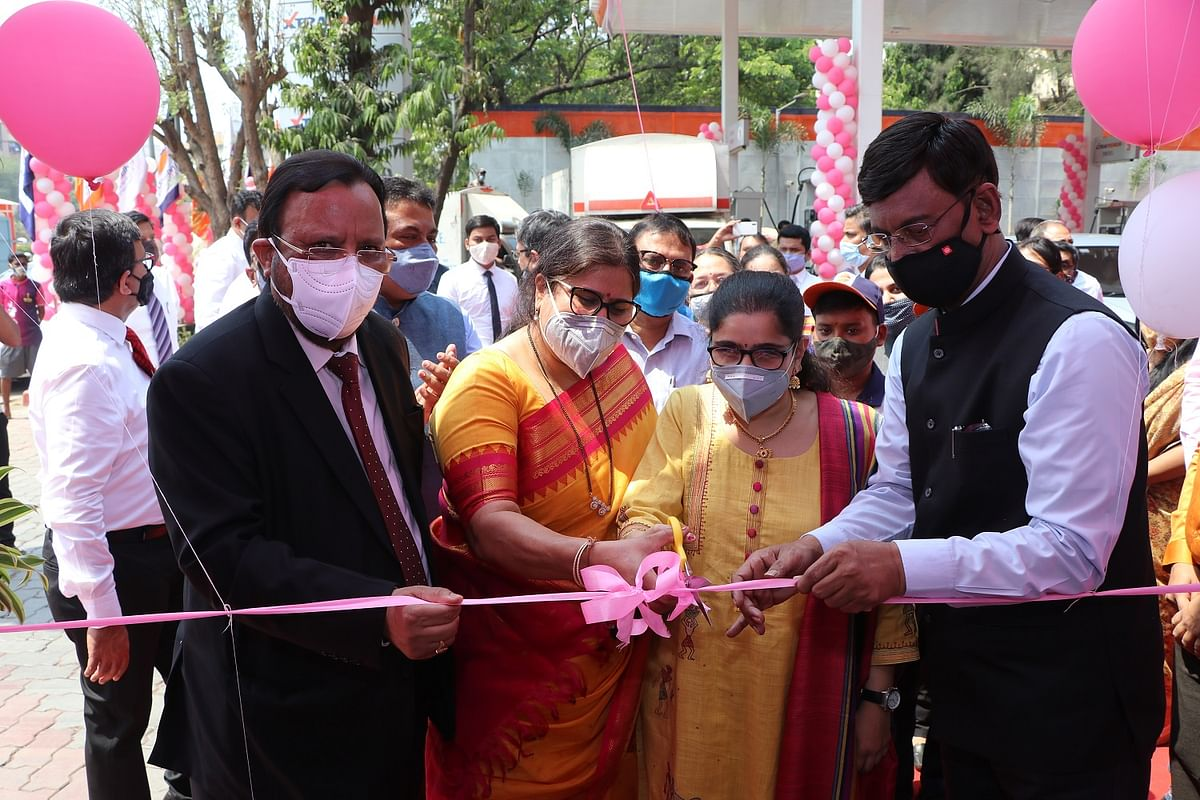 IndianOil opens Mumbai's first all women operated retail outlet on International Women's Day