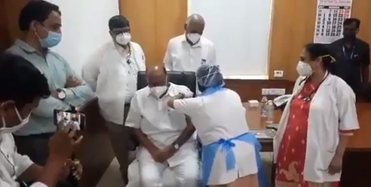 Watch: NCP chief Sharad Pawar takes first dose of COVID-19 vaccine