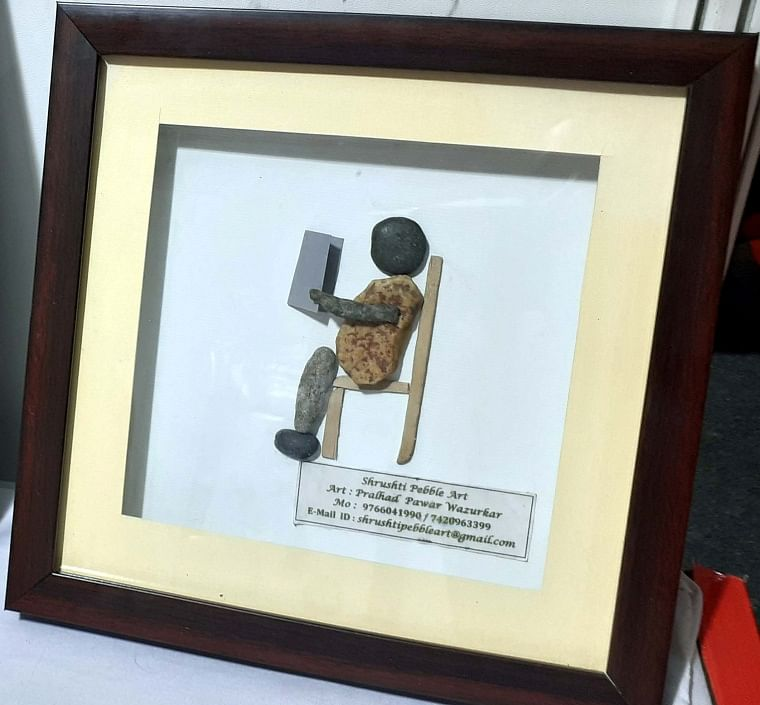 Bhopal: Artist makes pebbles talk, spreads COVID-19 norms awareness with artwork