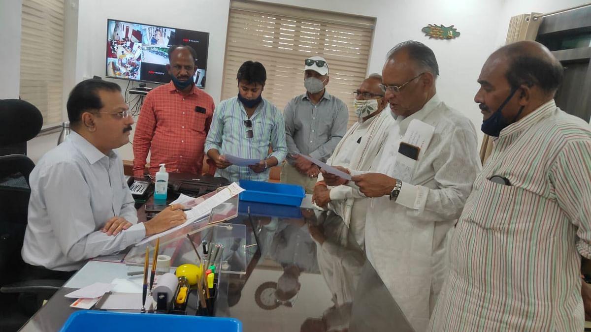 Madhya Pradesh: Congress in Guna concerned over criminal activities, block Congress submits memo to SP